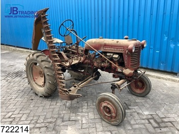 Riteņu traktors International Cub Mc Cormick International Farmall FFS CUB + Lawn mower, 4 Cilinder petrol / Gasoline